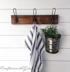 Farmhouse Coat Rack with 3 hooks