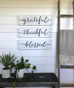 "Rustic signs ""grateful thankful blessed"""