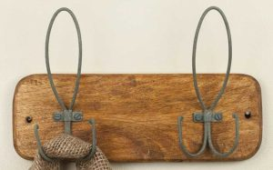 Vintage Inspired Wall Mounted 2 Hook Rack Hanger For Entryway Mudroom ctw